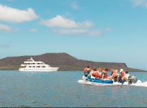 Santa Cruz cruise Luxury class, Galapagos
